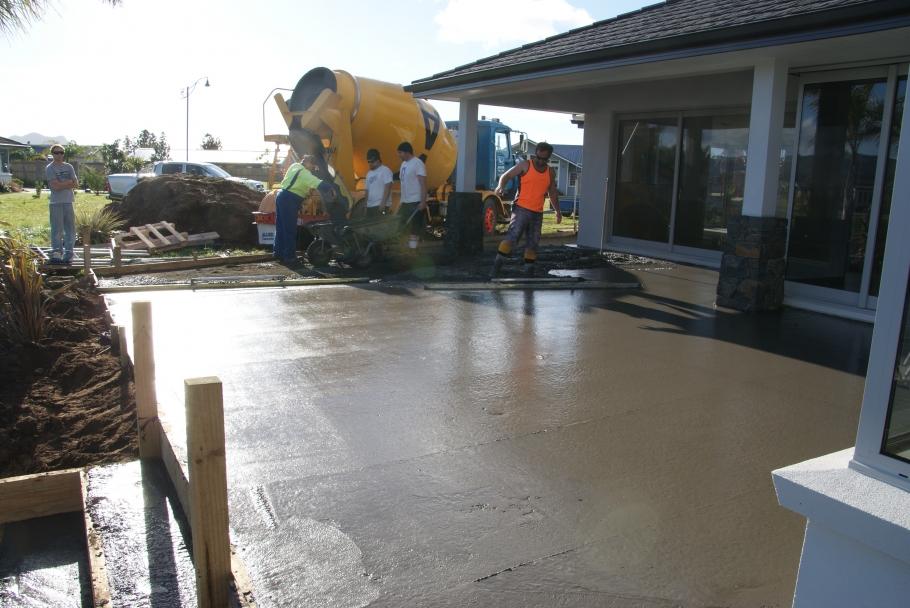 Peninsula_Concrete_Laying