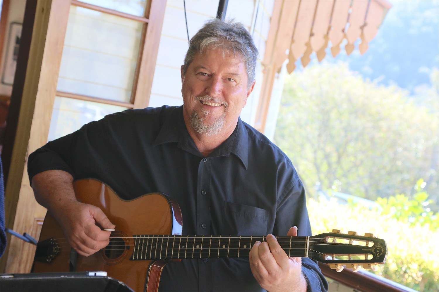 Tim O'Brien guitar workshop Whitianga music performance