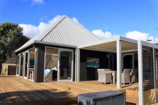 Simpsons Beach house Studio 77 Architecture and Design Consultants