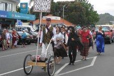Whitianga Santa Parade Scottish Dancers
