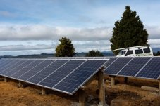 Ground mounted solar array solar panels Good Energy Whitianga