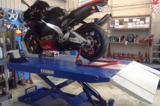 Motorbike hoist Eastcoast Automotive Whitianga