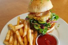 Vegetarian Burger Espy Cafe Whitianga.jpg