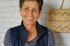 Raewyn Hildreth flax weaver Whitianga