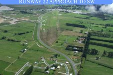 Whitianga Aero Club Airfield Runway 22 Approach to SW