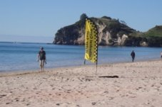Cathedral Cove Water Taxi departure point on Hahei Beach