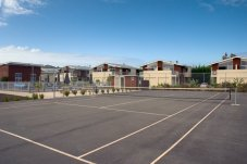 Beachside Resort Apartment complex Whitianga tennis court and pool available for guest
