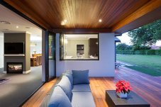 Bifolds with recessed sills