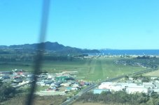 Whitianga airport Runway 04 Approach  To NE.jpg