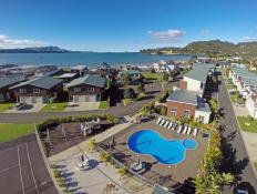 Beachside Resort Apartment complex Whitianga