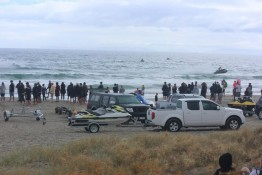 beach crowd Ocean Beach Matarangi Beach Summer Festival jet ski racing