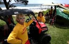 Sandie and Gary Hinds Hot Water Beach Surf life saving near whitianga