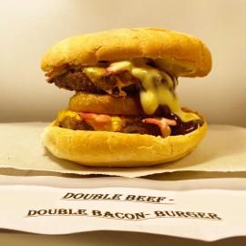 Marina Bay Double Beef-Double Bacon-Burger