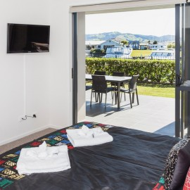 Sovereign Pier on the Whitianga Waterways - modern apartment accommodation with views to the waterways