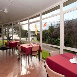 Restaurant at the Mercury Bay Club