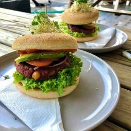 Burgers on plates