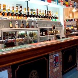 Bar at the Mercury Bay Club
