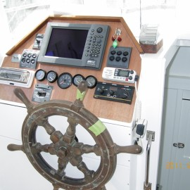 Boat helm and wheel