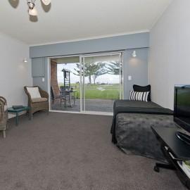 One Bedroom Living/Patio  Motel