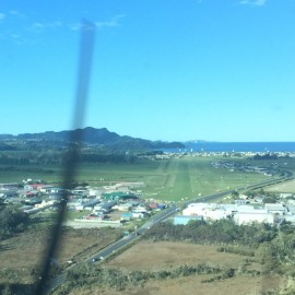 Whitianga airport Runway 04 Approach  To NE.jpg