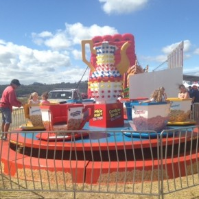 Fun family rides at Mercury Bay Seaside Carnival