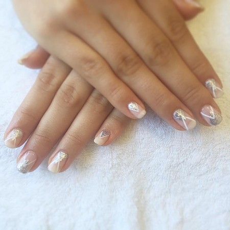 Elegant Wedding nail art for the bride