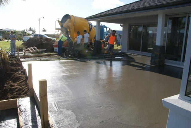 Peninsula Concrete Laying