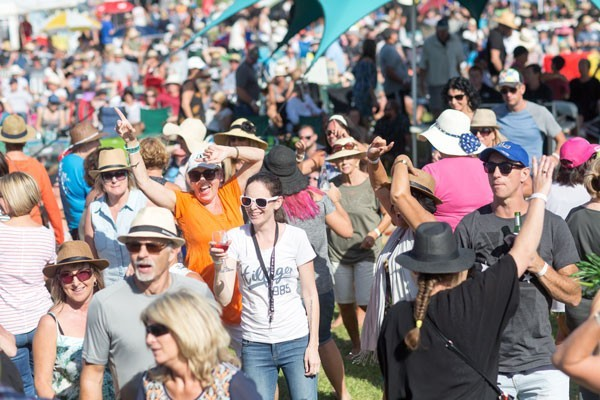 A Taste of Matarangi Crowd Photo