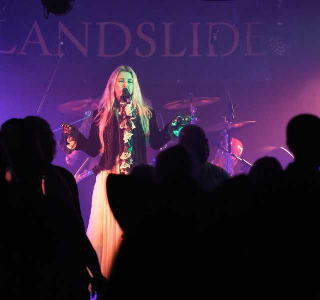 Landslide – Fleetwood Mac/Stevie Nicks Tribute Show