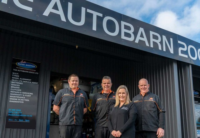 AutoBarn Whitianga wins national award