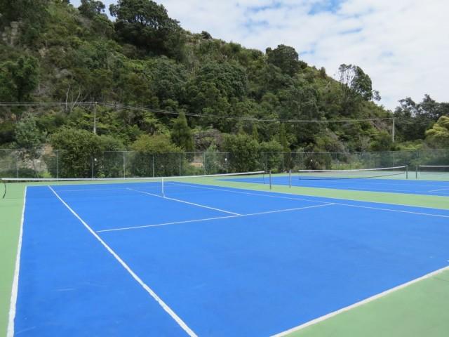 Cooks Beach Tennis Club & Tennis Courts