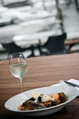 Alfresco Dining at Salt Restaurant and Bar Whitianga
