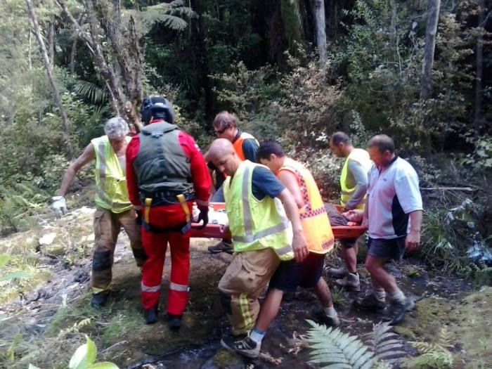 Kuaotunu Search and Rescue in action at Wharekaho