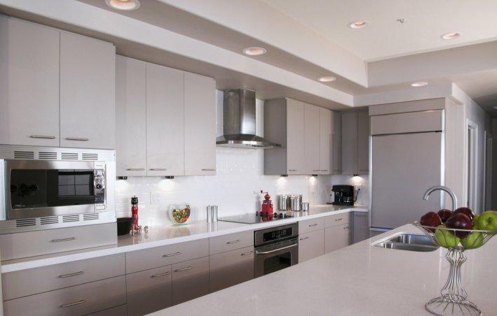 Bright clean modern kitchen